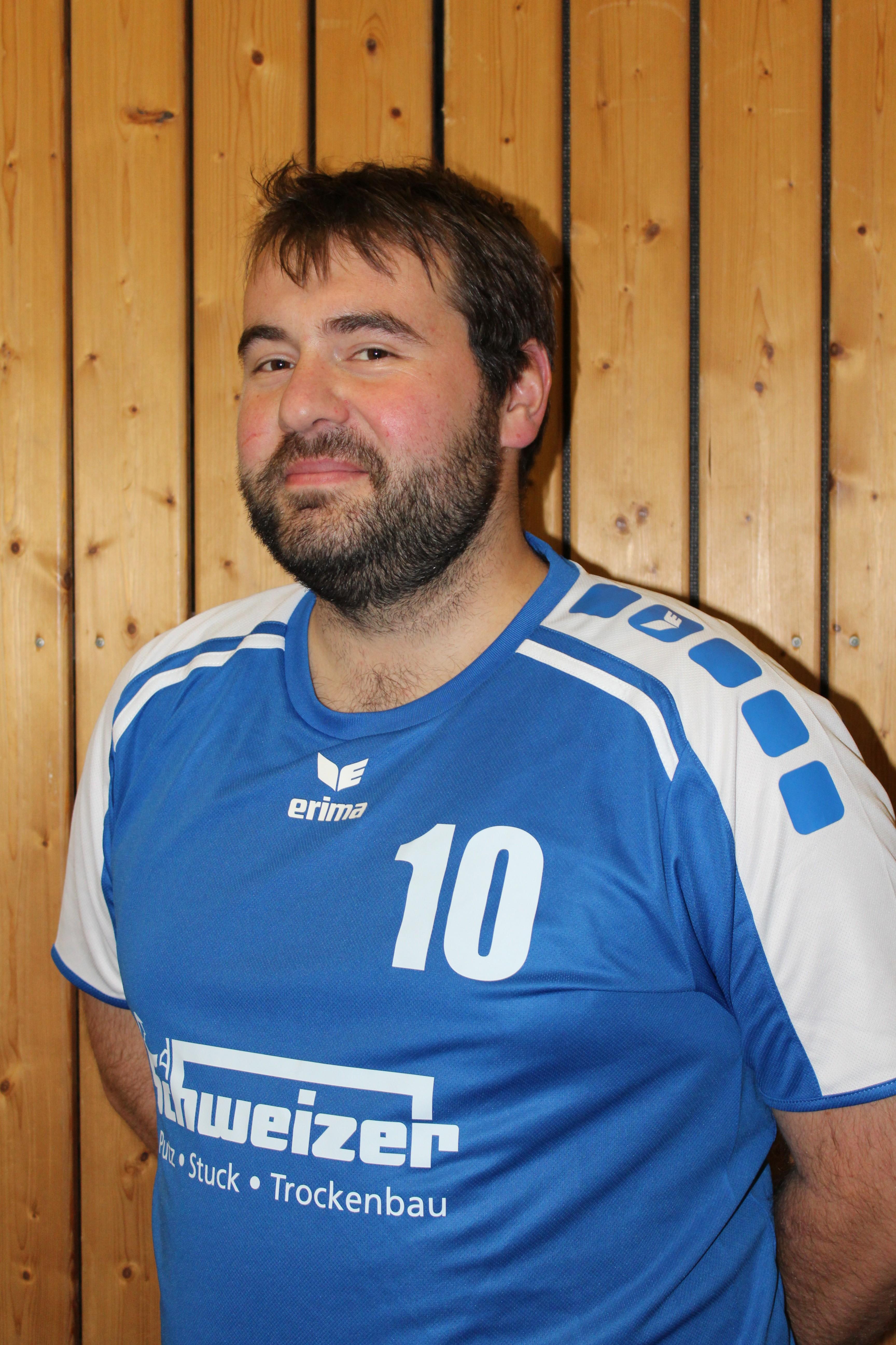 Spieler - Trainer Christoph RIedel Trikotnummer: 10 Position: Universal Größe: