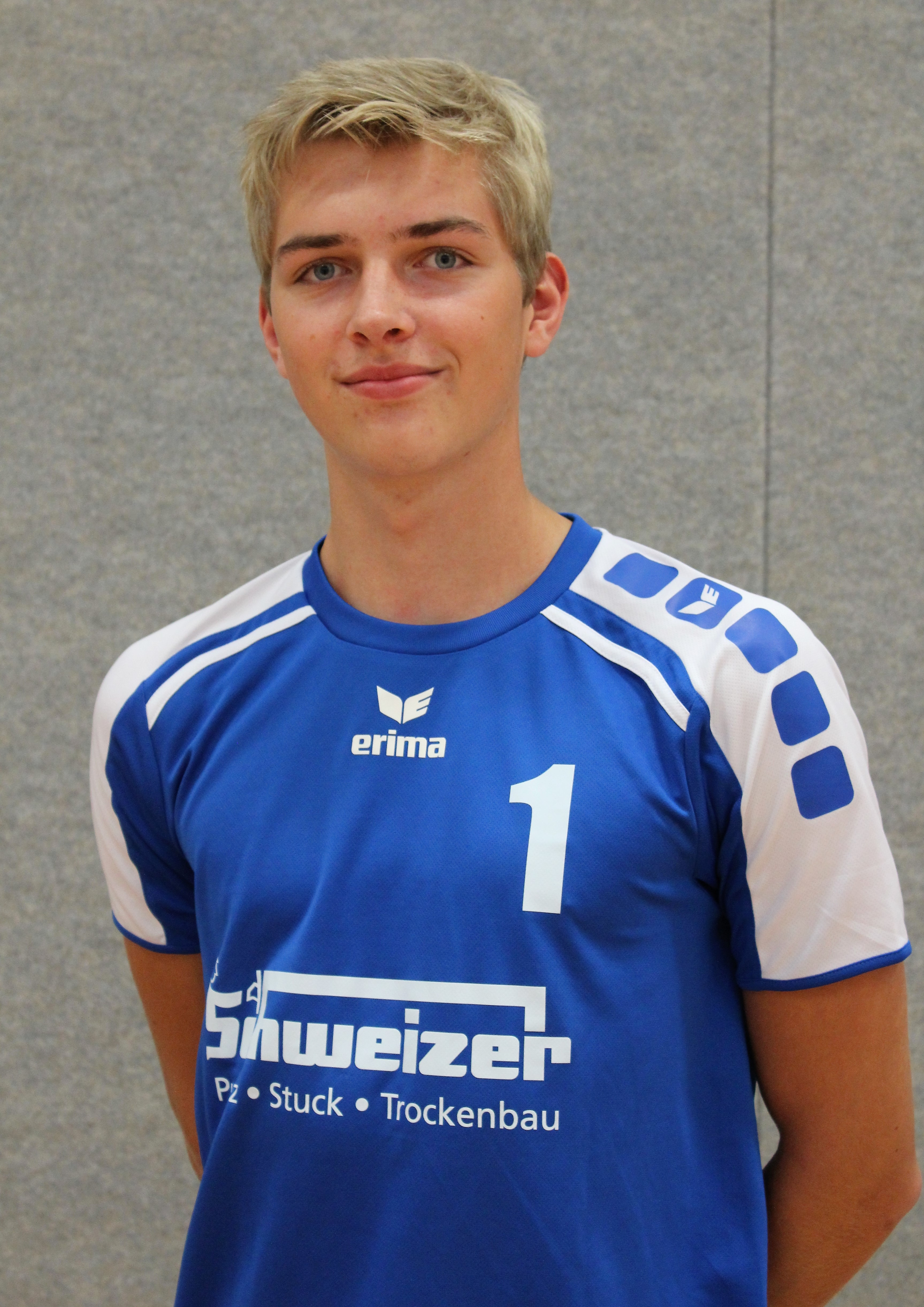 Markus Trebesch Trikotnummer: Position: Mittelblock Größe: 1,85 m